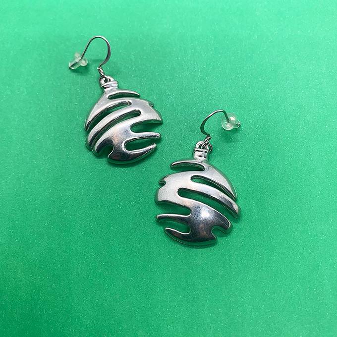 Christmas Ball Earrings, Wire