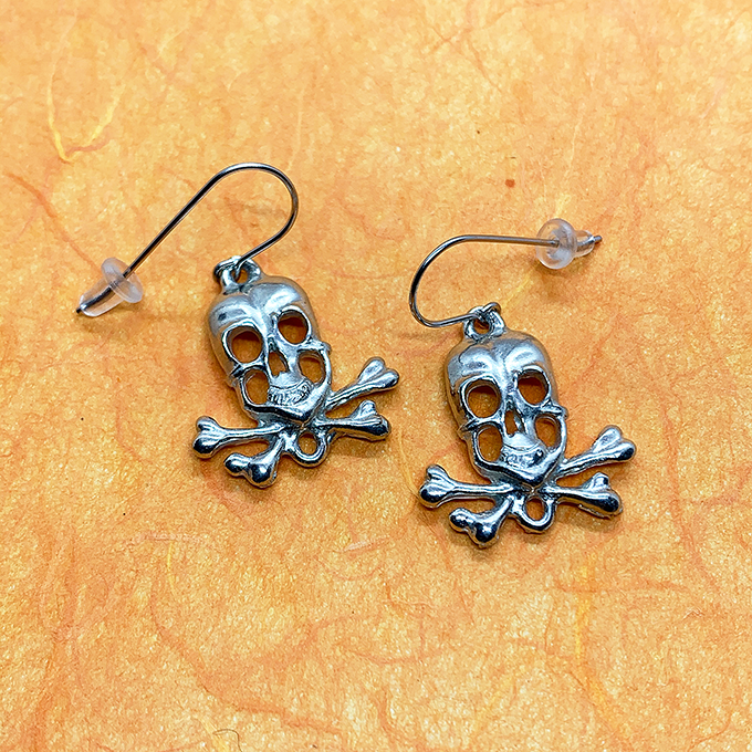 Skull Earrings, wire
