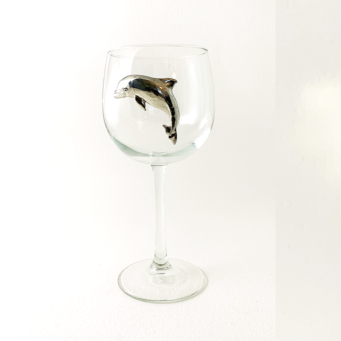 Dolphin Red Wine Glass