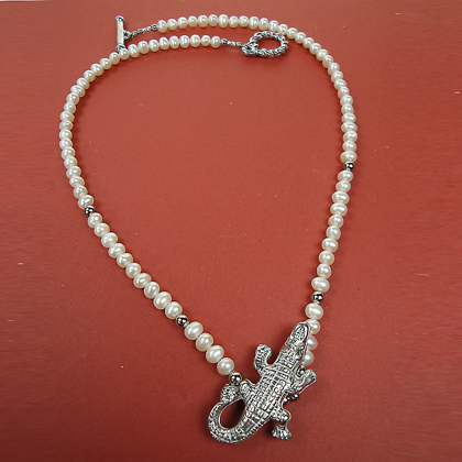 Alligator Pearl Necklace
