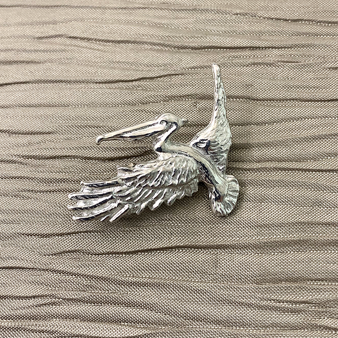 Pelican Flying Pin, Small
