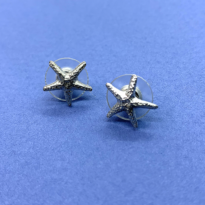 Starfish tiny earrings post